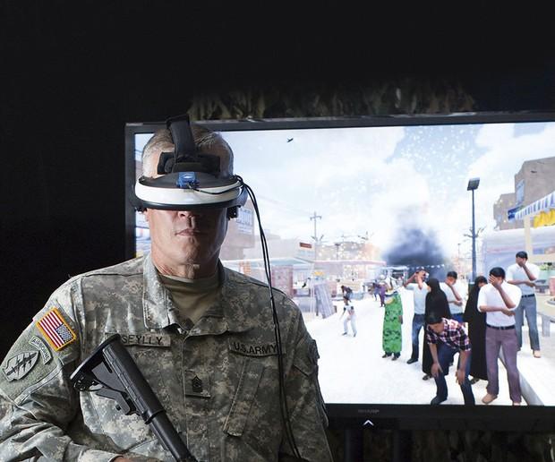 El paquete Bravemind VR se ha desarrollado específicamente para tratar a los soldados estadounidenses que sufren de trastorno de estrés postraumático después de servir en Afganistán © Bravemind